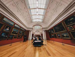 Visite des musées avec chauffeur en France